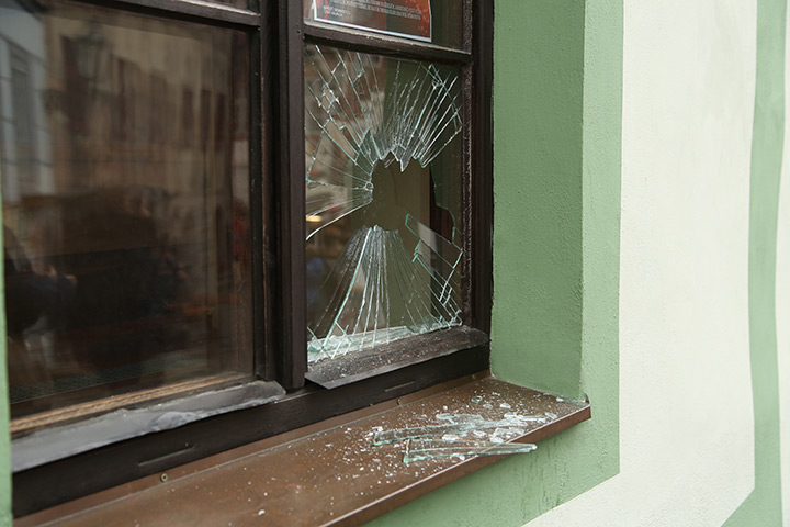 A2B Glass are able to board up broken windows while they are being repaired in Chelsea.